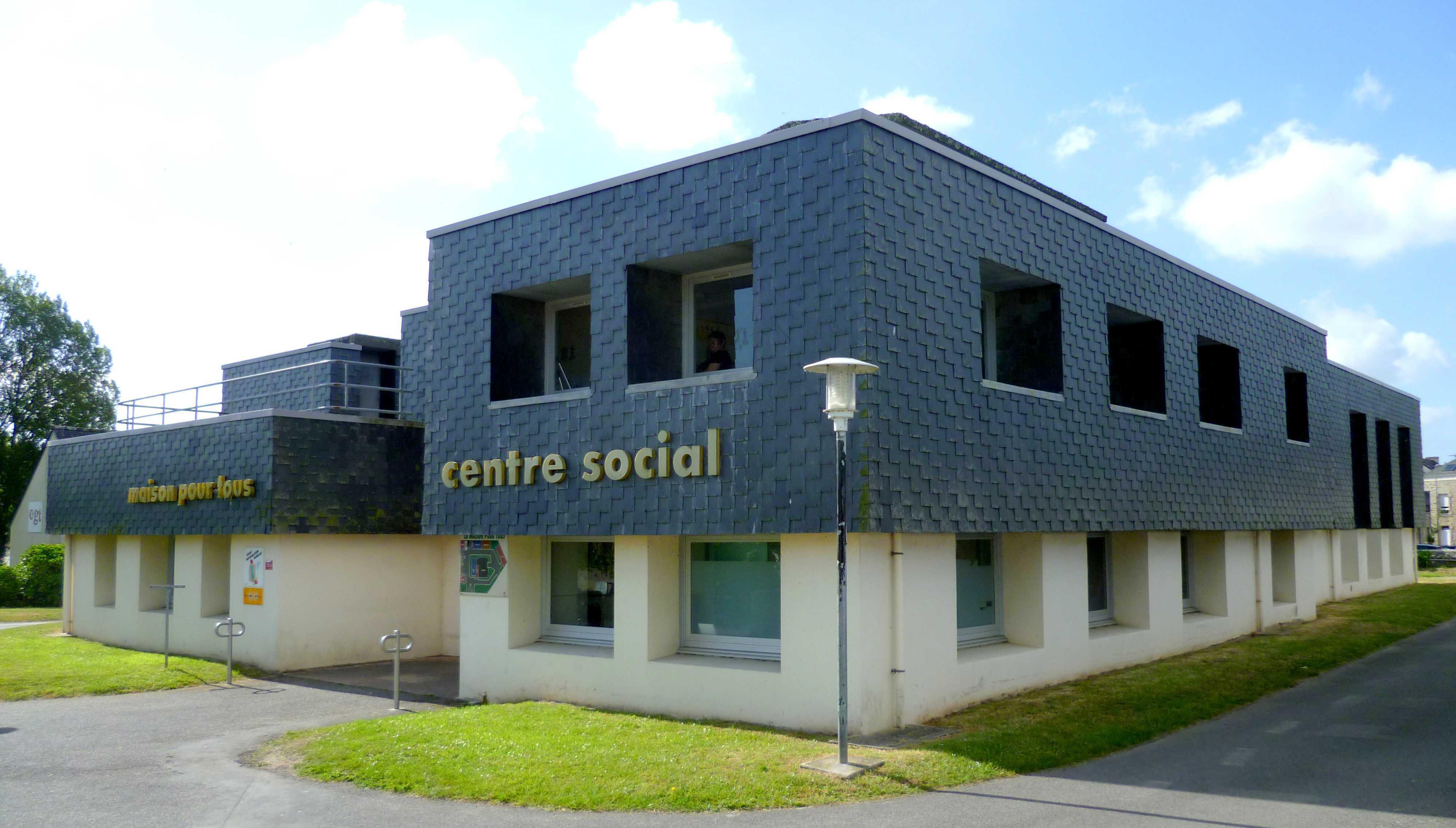 Le centre social de Pont-L'Abbé (Finistère), premier inscrit au Congrès!
